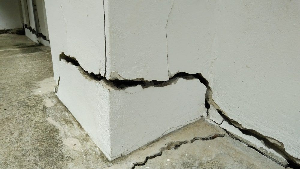 homeowner-Insurance-cover-cracked-foundation